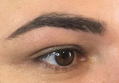 coloration des sourcils