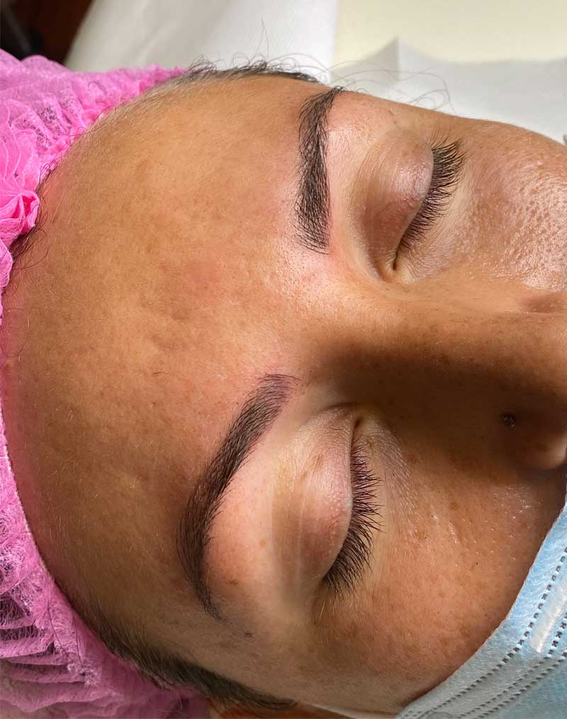 Microblading à Angers Laura Balyoz